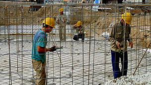 Công nhân TQ tại công trình nhà máy nhiệt điện Hải Phòng (Ảnh: Báo Đất Việt)