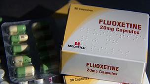 Medicamentos são distribuídos em projeto experimental (BBC)