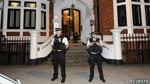 Embajada de Ecuador en Londres