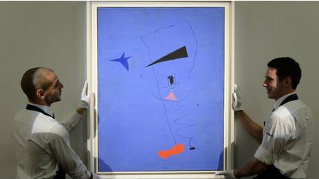 """لوحة """"النجم الازرق"""" تحقق رقما قياسيا في مبيعات اعمال الرسام ميرو بيعت ب45 مليار دينار عراقي 120620205542_miros_peinture_etoile_bleue_464x261_bbc_nocredit"""