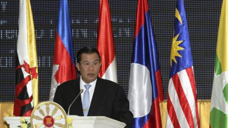 Thủ tướng Hun Sen phát biểu ở Phnom Penh 9/7/2012