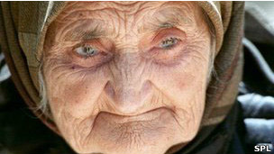 Mujer de 104 años