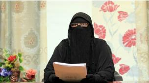 معاقبة مدرسة قصت شعر تلميذتين لعدم ارتدائهما الحجاب