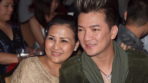 Ca sỹ Đàm Vĩnh Hưng và bà Liên, một bầu show có tiếng ở Mỹ