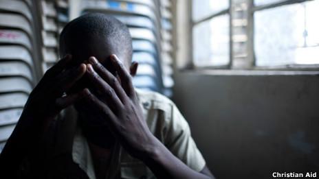 Un hombre de 25 años, víctima de una violación por parte de miembros del ejército de la República Democrática del Congo