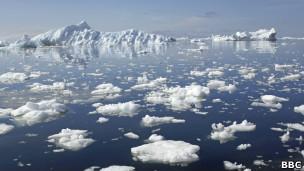 Gelo no Ártico (Foto: BBC)