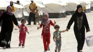 اللاجئون العرقيون