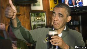 http://wscdn.bbc.co.uk/worldservice/assets/images/2012/09/02/120902112744_obama_cerveza__304x171_reuters.jpg