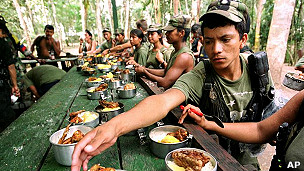Campamento guerrillero