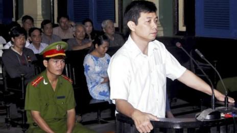 Ông Trần Huỳnh Duy Thức tại tòa