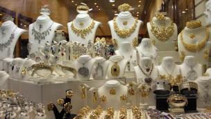 "4 مليارات دولار  ميراث  ""مهراجا"" هندي لبناته 120909135406_gold_je"