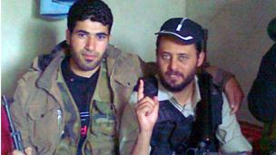 ابو بكر موسى ينضم للجيش السوري الحر في ادلب