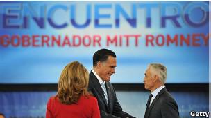 Romney con los presentadores de Univisión