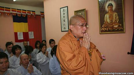 Lễ cầu siêu hôm 16/9 cho các nạn nhân tại một Phật đường ở Moscow
