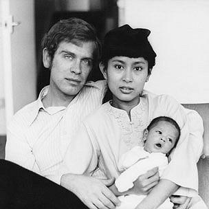 Bà Suu Kyi cùng chồng và con trai