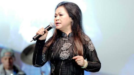 Ca sĩ Khánh Ly