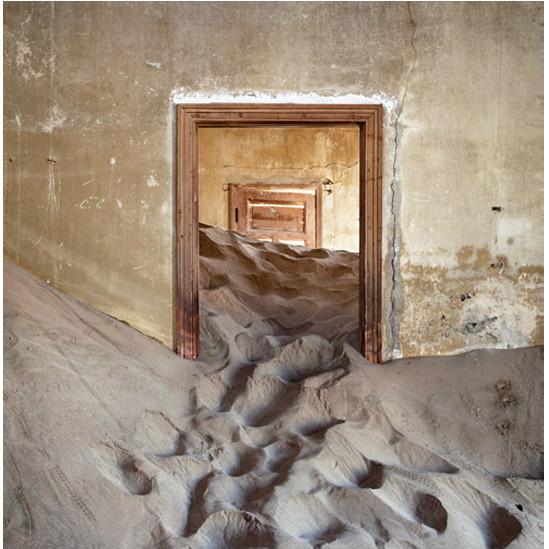 En fotos: casas inundadas de arena en Namibia