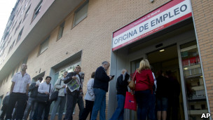 Desempregados na Espanha (Foto AP)