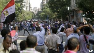 Bạo lực bùng phát ở Cairo