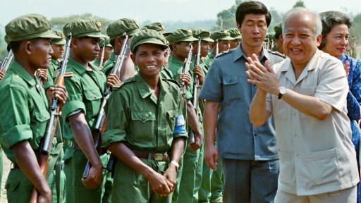 Sihanouk cùng quân Khmer Đỏ