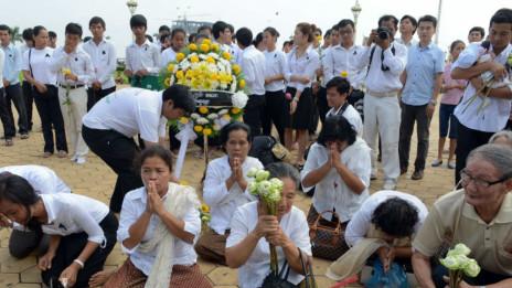 Người dân Campuchia rất tôn kính cựu hoàng của mình