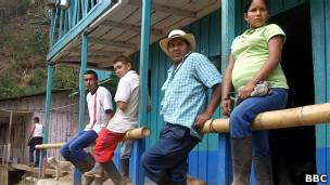 Camponeses | Crédito: Arturo Wallace - BBC