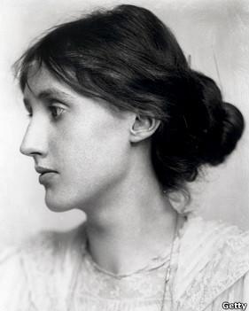 ویرجینیا وولف، نویسنده انگلیسی که خودش را کشت