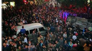 四川泸州骚乱(网络照片,17/10/2012)