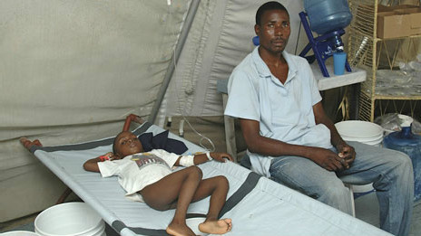 Pacientes en Haití  (Foto:  Mark Georgiou y Rob Magee)