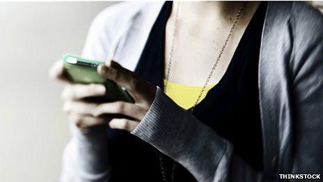 Los jóvenes tienen acceso directo a internet.