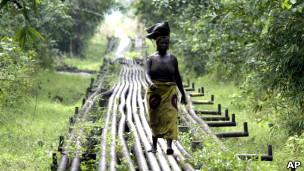 Oleoducto en Warri, Nigeria