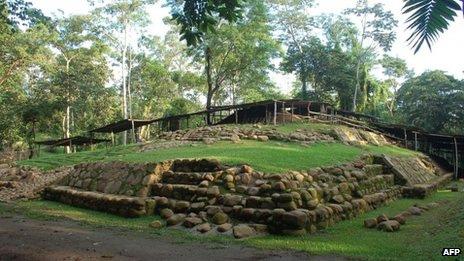 Antiga tumba maia na Guatemala (AFP)