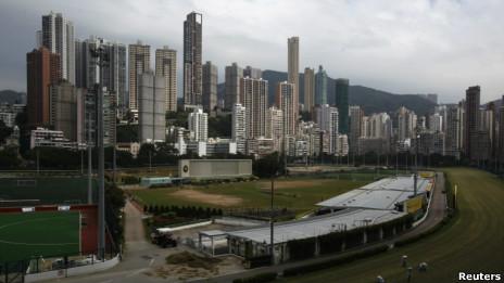 香港政府推出新措施遏制炒楼(26/10/2012)