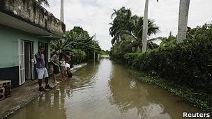 Calle inundada en Sagua la Grande