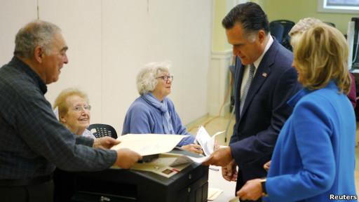 Romney vota