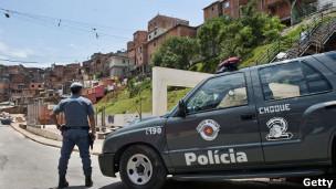 Polícia em Paraisópolis (foto: Getty Images)