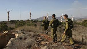 Wanajeshi wa Israel katika milima ya Golan karibu na mpaka wa Syria