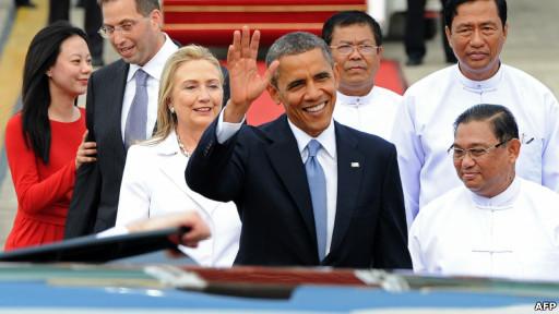 Tổng thống Barack Obama và Ngoại trưởng Hillary Clinton ở Miến Điện trong năm 2012