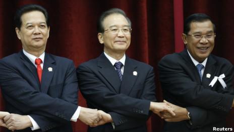 Ông Ôn Gia Bảo, Nguyễn Tấn Dũng và Hun Sen