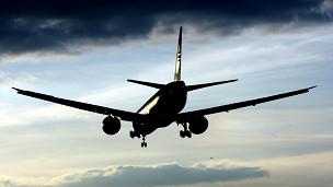 Advierten un aumento en la turbulencia de los vuelos por cambio climático