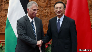 中国外长杨洁篪和巴勒斯坦特使
