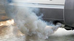 Contaminación de auto