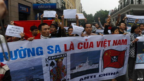 Người biểu tình ở Hà Nội