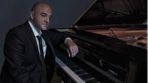 عمر اکرم