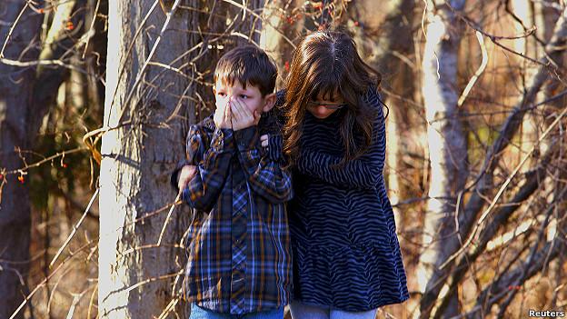 Niños rescatados del tiroteo en Estados Unidos.