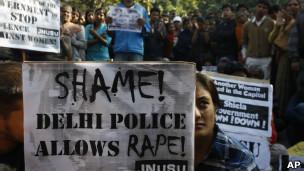 تجاوز به یک دختر جوان، باعث بروز خشم شدیدی در دهلی و در میان زنان شده است