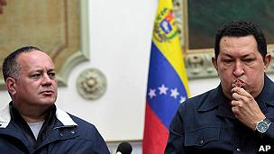 Diosdado Cabello junto a Chávez