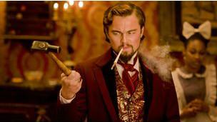 Leonardo Di Caprio interpreta um senhor de escravos cruel