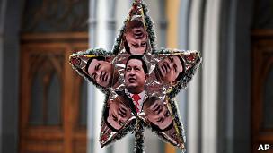 estrella con imágenes de Chávez