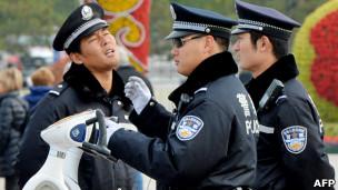 中国公安(07/11/2012)